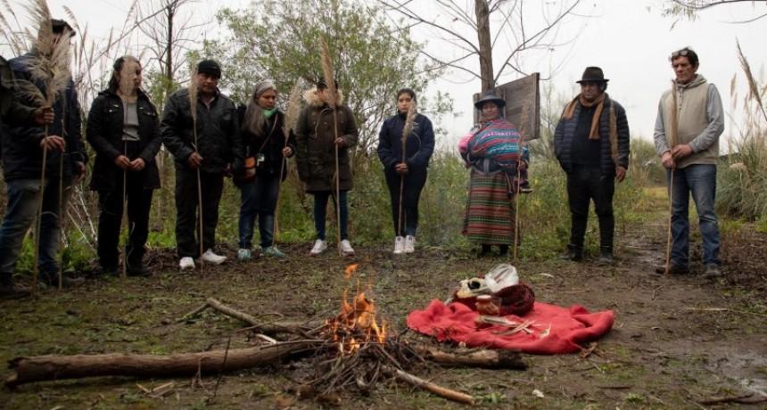La comunidad punta querandí inicio el re entierro de restos indígenas que fueron saqueados y llevados al INAPL